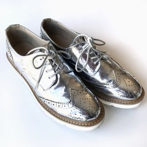 Wanted Silver Mirror Platform Oxford Sneakers